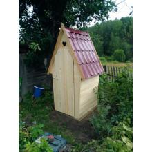 Дачный туалет с ромбовидной крышей - Стрелка